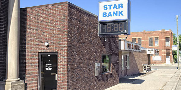 Star Bank office in Graceville
